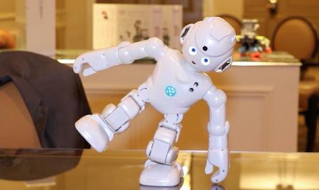 2017 CES机器人盘点,LG和乐高也来凑热闹