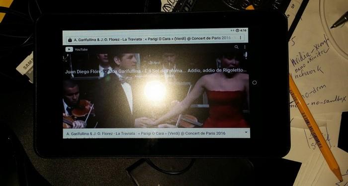 树莓派3系统RaspAnd 7.1.2发布:支持7英寸触摸屏和智能电视