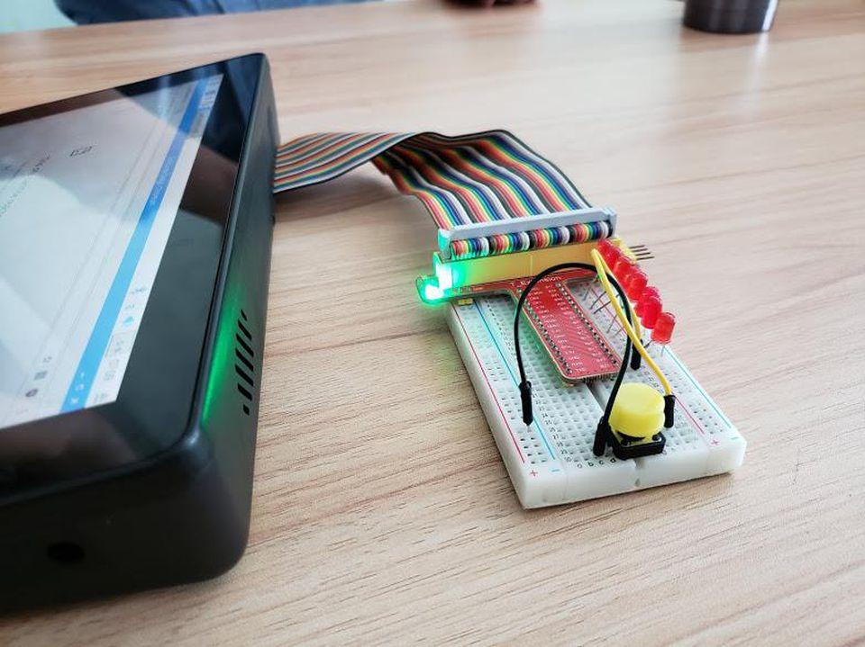 深圳创业公司SunFounder如何打造全球首款便携式树莓派电脑