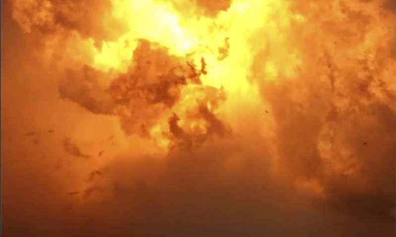 SpaceX发射Starship到最新高度,着陆时飞船坠毁